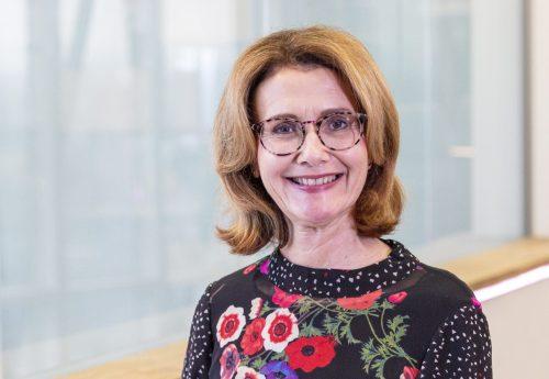 Janet Crier headshot